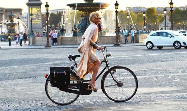 Pedalando in bicicletta
