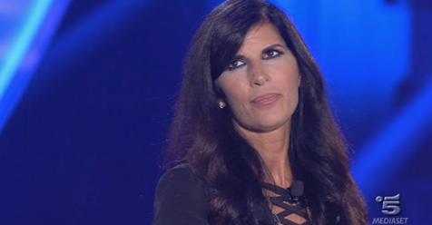 """GFVIP – Pamela Prati shock contro Signorini: """"Sei solo un …"""""""